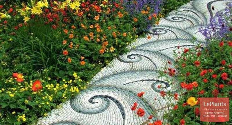 Садовые дорожки — подчеркиваем красоту растений декоративными материалами